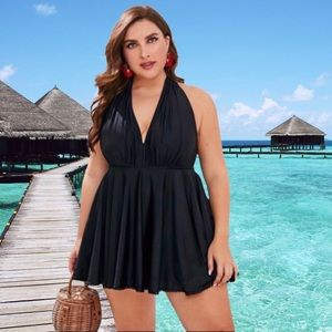 Other - 🩱PLUS SIZE BLACK HALTER TOP WITH SKIRT 🩱